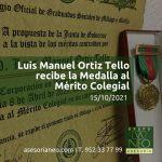 luis-manuel-ortiz-tello-medalla-merito-colegial-graduados-socialess-malaga-octubre-2021